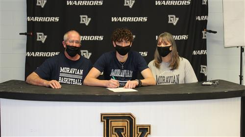 Michael Leonardo signs with Moravian College