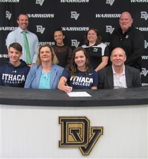 Karoline Baranowski signs with Ithaca College