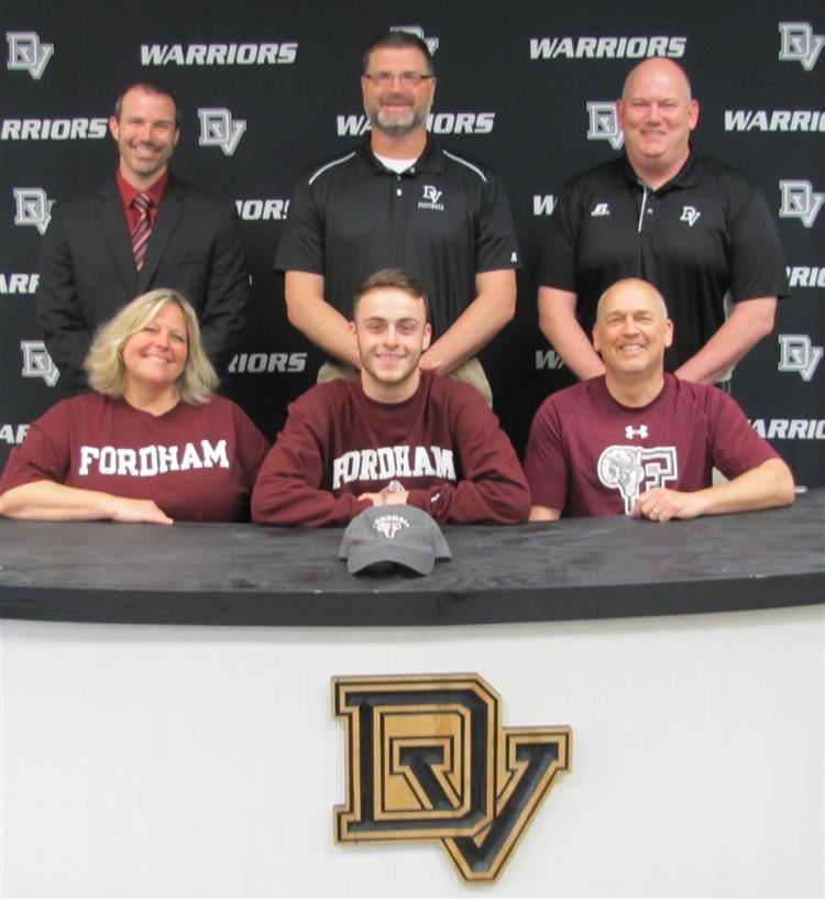 Dylan Kelly signs with Fordham University