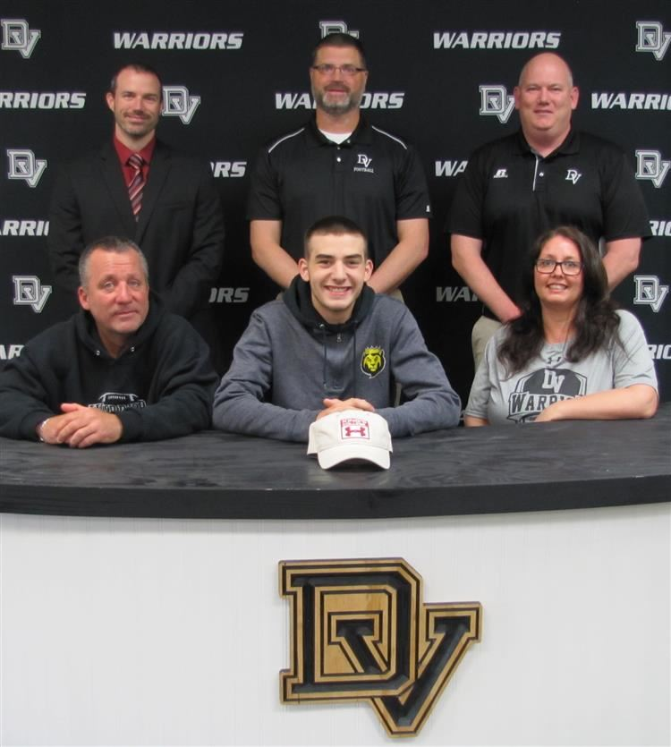 Nick Reilly signs with Kings College